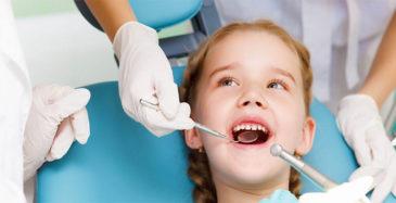 Вырвать детский зуб.