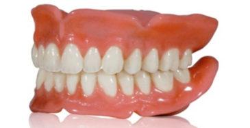 Уход за протезами зубов.